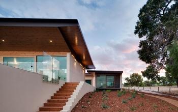 tallwood-constructions-eagle-bay-house-2